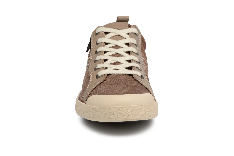 Sneaker Kickers TRIDENT braun schuhe getragen