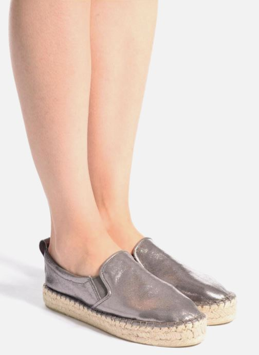Espadrilles Colors of California Vicky grau ansicht von unten / tasche getragen