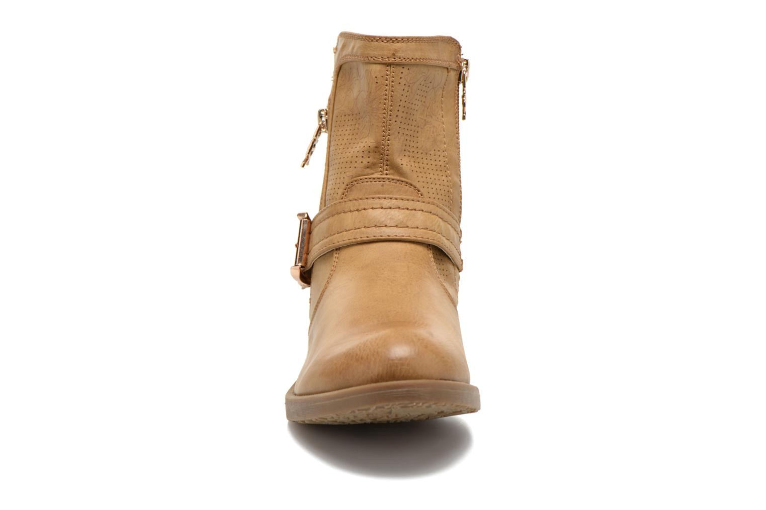 Ankle boots Xti Billie 45812 Brown model view