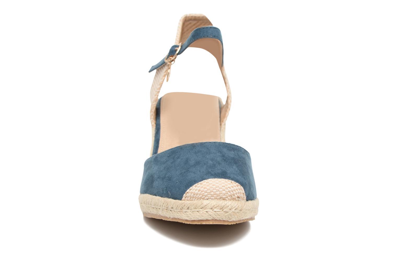 Sandalias Xti Sugar 45059 Azul vista del modelo