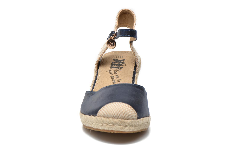 Sandalen Xti Brownie 45061 blau schuhe getragen