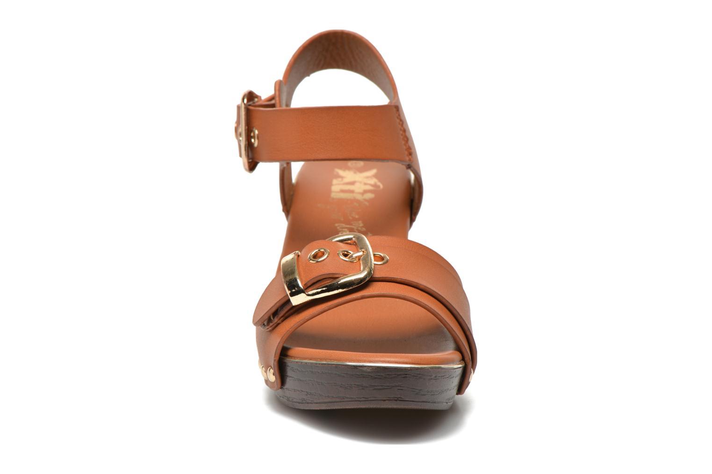 Sandales et nu-pieds Xti Bahia 45900 Marron vue portées chaussures