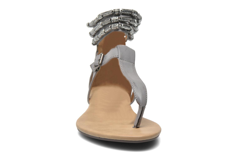 Sandales et nu-pieds Xti Romance 45788 Gris vue portées chaussures