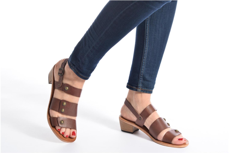 Sandales et nu-pieds Kickers Khôol Noir vue bas / vue portée sac