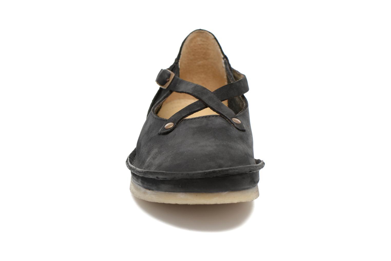 Ballerines Kickers Mysticross Noir vue portées chaussures