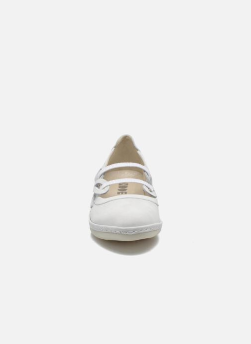 Ballet pumps Dkode Nilda White model view