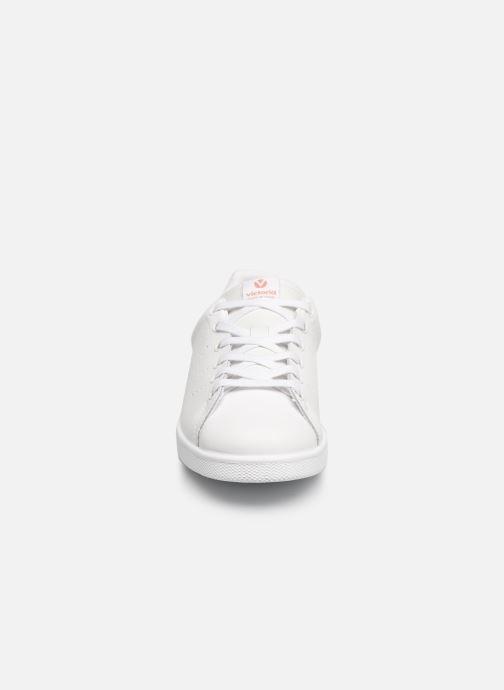 Sneakers Victoria Deportivo Piel Rosa modello indossato