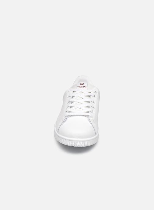 Sneakers Victoria Deportivo Piel Viola modello indossato
