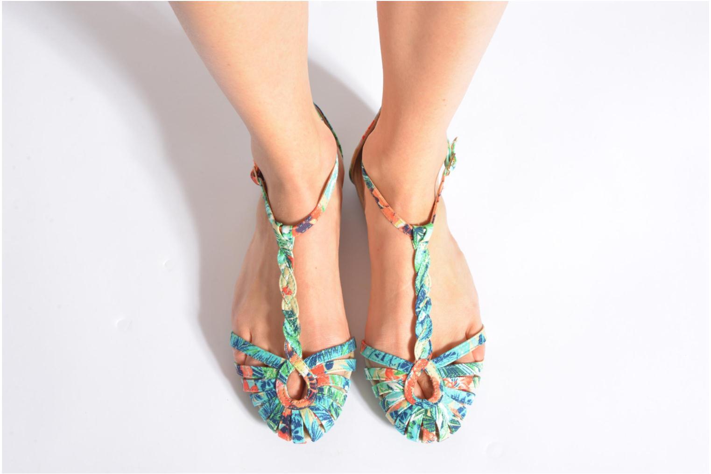 Sandales et nu-pieds Refresh Monica Or et bronze vue bas / vue portée sac