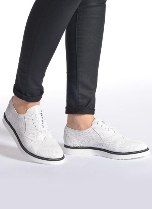 Zapatos con cordones Ippon Vintage Andy k perfo Blanco vista de abajo