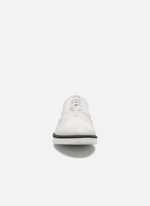 Chaussures à lacets Ippon Vintage Andy k perfo Blanc vue portées chaussures