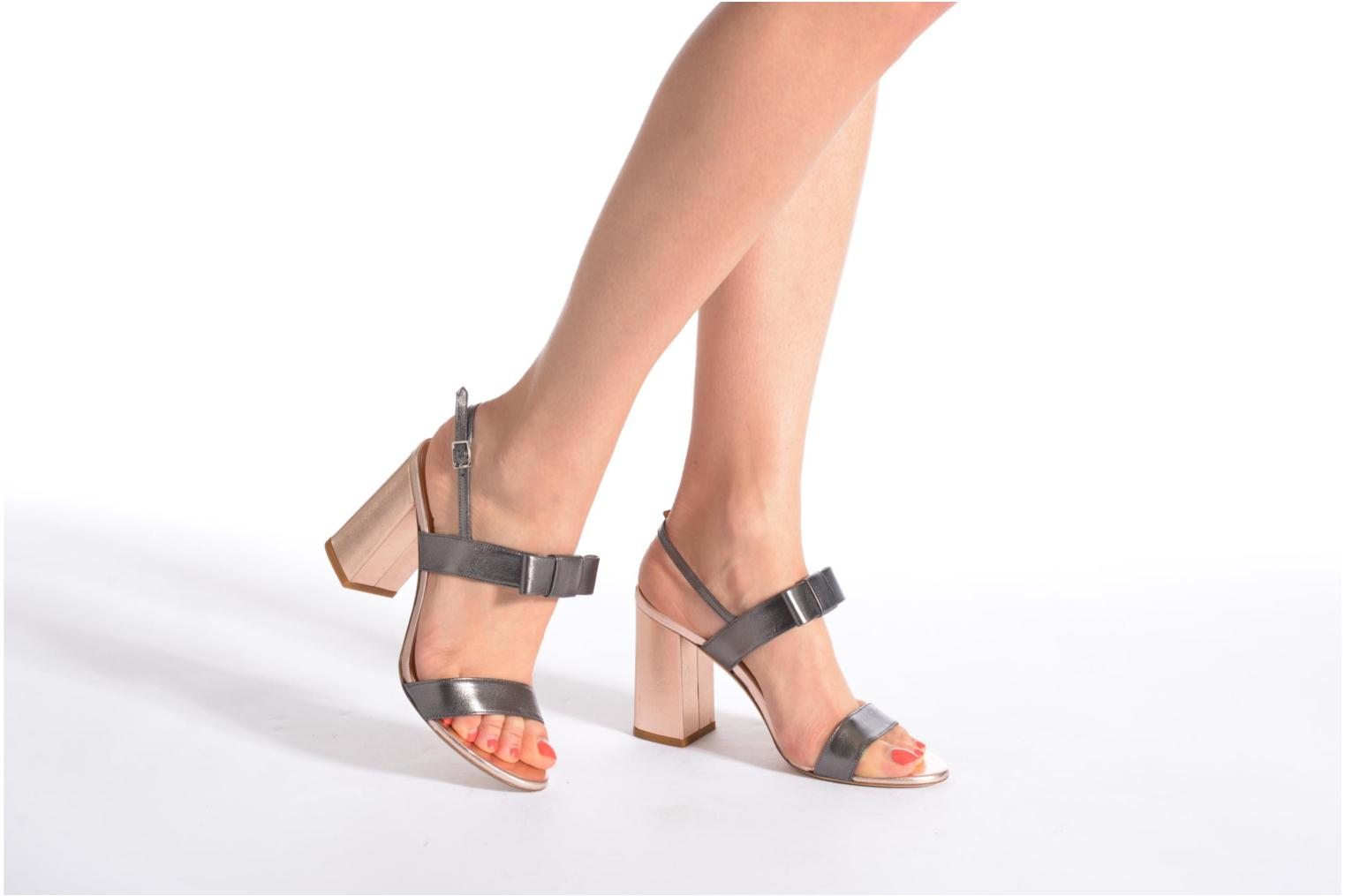 Sandals Atelier Mercadal Chili Grey view from underneath / model view