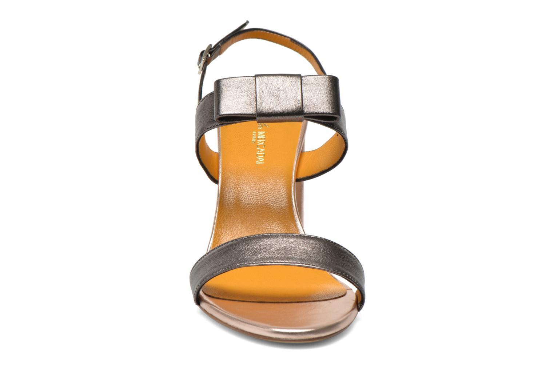 Sandals Atelier Mercadal Chili Grey model view