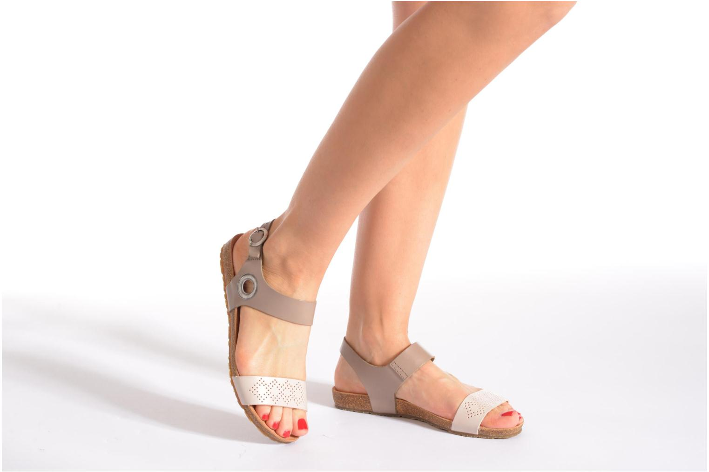 Sandales et nu-pieds TBS Isabel Beige vue bas / vue portée sac