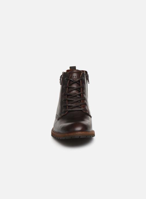 Chaussures à lacets Bullboxer Francis Marron vue portées chaussures