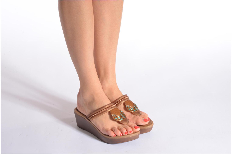Flip flops Grendha Tribal Plat Fem Brown view from underneath / model view