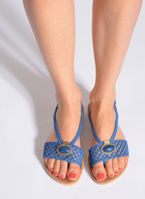 Sandales et nu-pieds Grendha Tribale IV Sandal Bleu vue bas / vue portée sac
