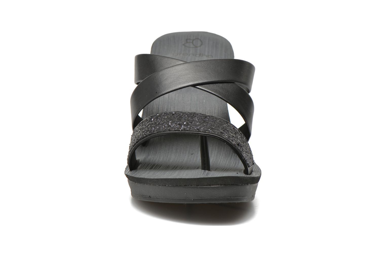 Mules et sabots Grendha Paradisio II Plat Noir vue portées chaussures