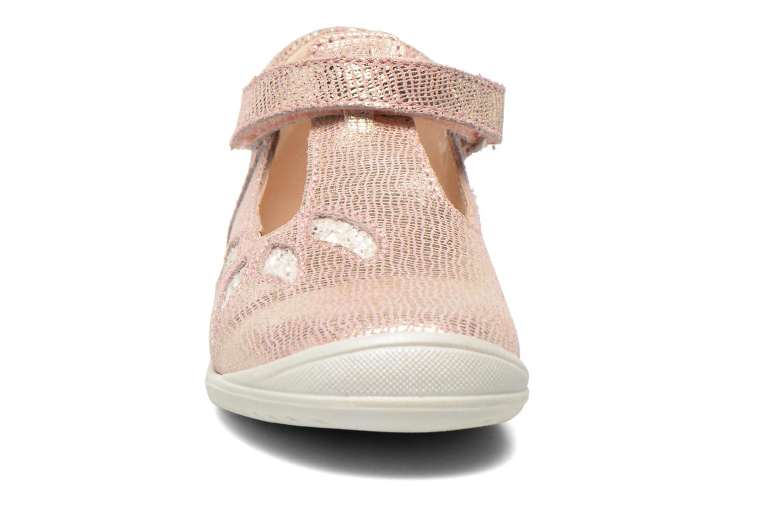 Velcro shoes GBB Margot Pink model view