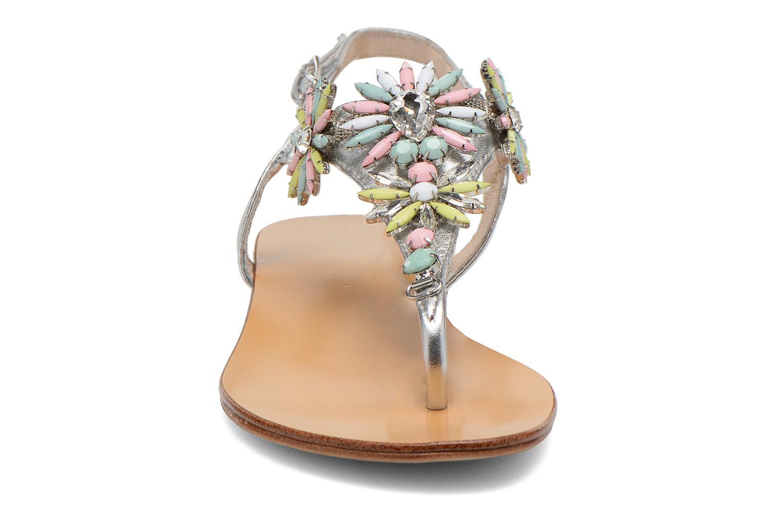 Sandales et nu-pieds COSMOPARIS Hirly/Met Argent vue portées chaussures
