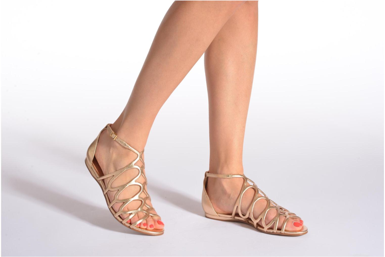 Sandales et nu-pieds COSMOPARIS Ariane Or et bronze vue bas / vue portée sac
