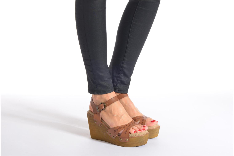 Sandales et nu-pieds Coolway Caleb Marron vue bas / vue portée sac