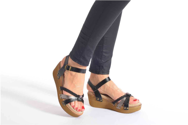 Sandales et nu-pieds Coolway Celine Noir vue bas / vue portée sac