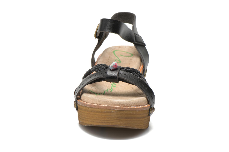 Sandales et nu-pieds Coolway Celine Noir vue portées chaussures