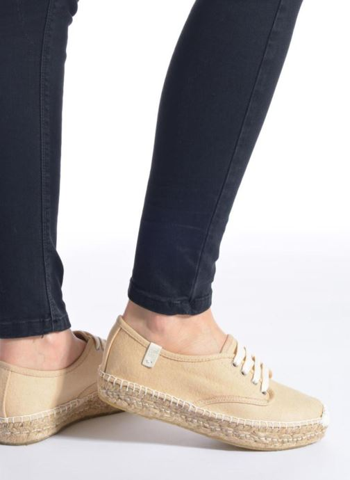 Lace-up shoes Coolway Juttie Multicolor view from underneath / model view