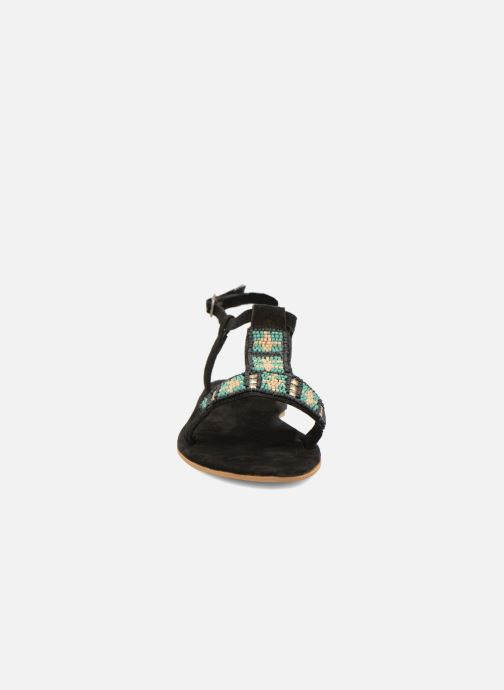 Sandals Coolway Maddy Black model view