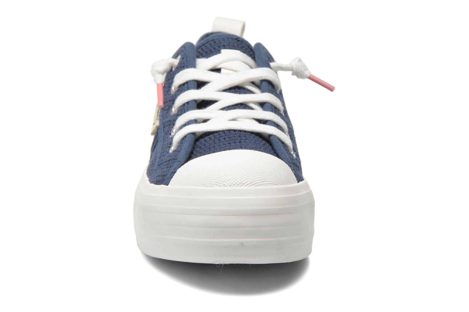 Trainers Coolway tavi Blue model view