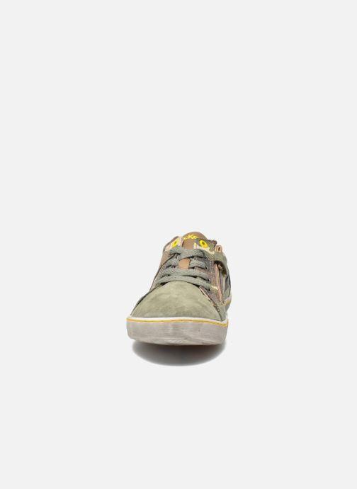 Baskets Kickers Lylian Vert vue portées chaussures