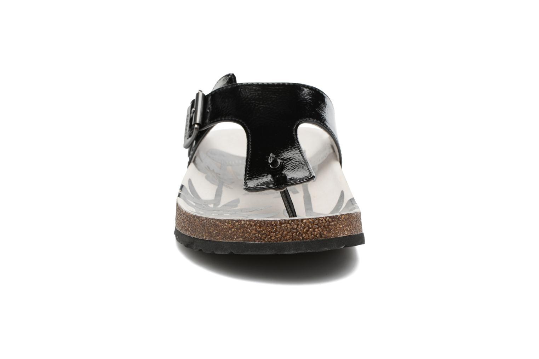 Tongs Kickers Magnestor Noir vue portées chaussures