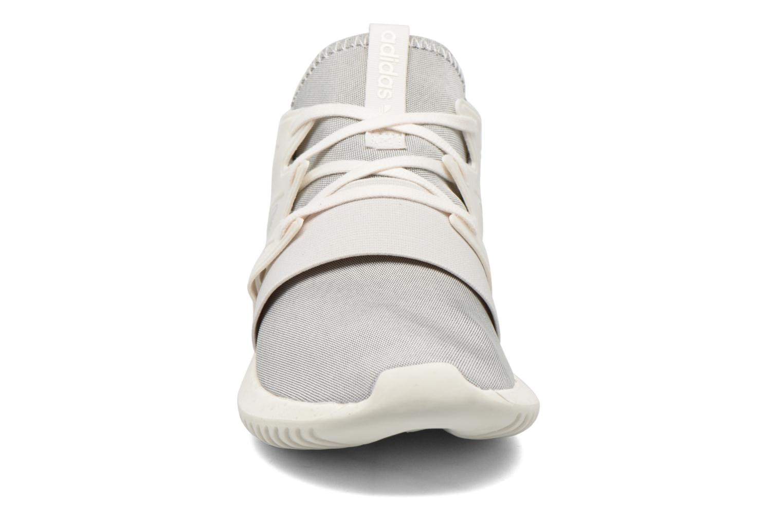 Baskets Adidas Originals Tubular Viral W Blanc vue portées chaussures