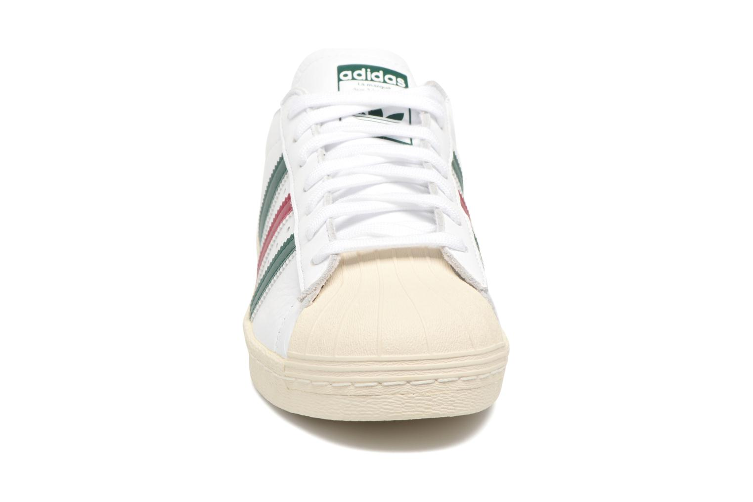 Deportivas Adidas Originals Superstar 80S Blanco vista del modelo
