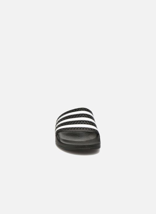 Zuecos adidas originals Adilette W Negro vista del modelo