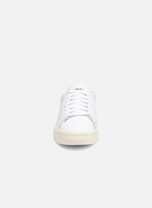adidas originals Court Vantage H (Blanc) Baskets chez