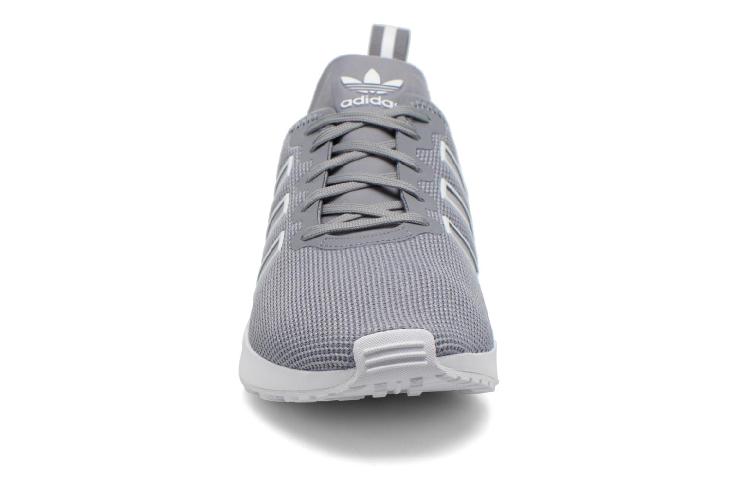 Trainers Adidas Originals Zx Flux Adv Grey model view
