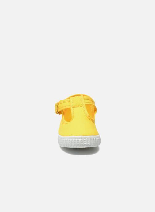 Baskets Cienta Foliv Jaune vue portées chaussures