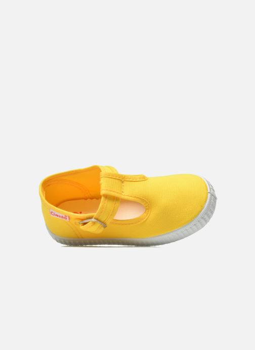 Trainers Cienta Foliv Yellow view from the left