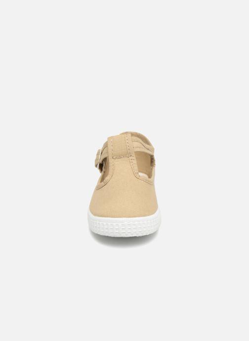 Baskets Cienta Foliv Beige vue portées chaussures