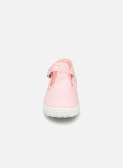 Trainers Cienta Foliv Pink model view