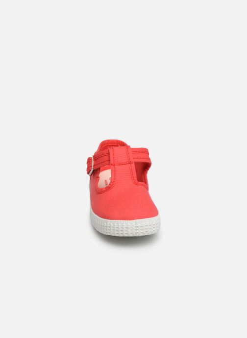 Trainers Cienta Foliv Red model view