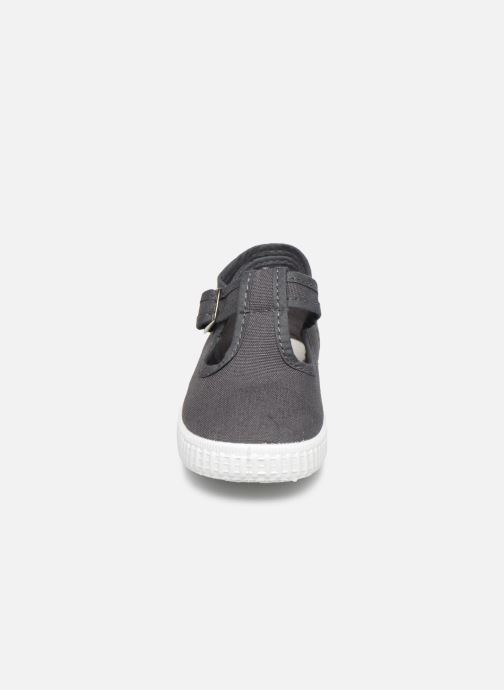 Sneakers Cienta Foliv Grijs model