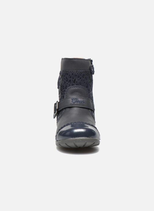 Bottines et boots Geox B Kaytan G.A 2 Bleu vue portées chaussures