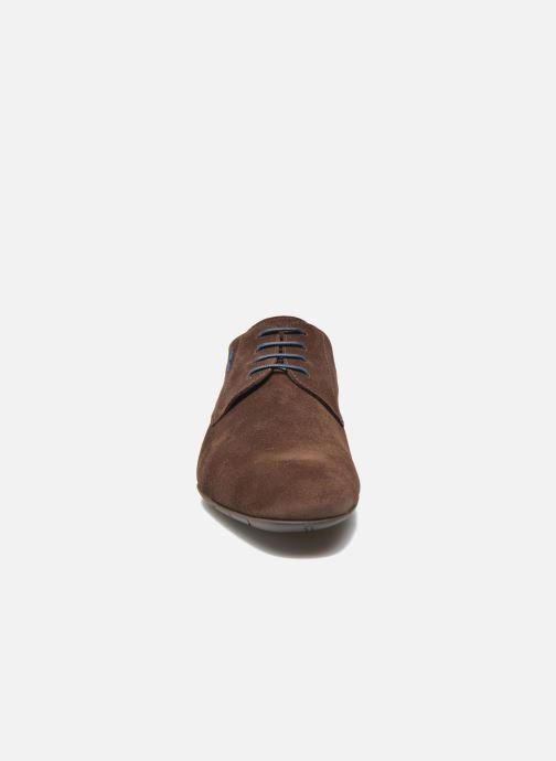 Zapatos con cordones Fluchos Ezzio 9353 Marrón vista del modelo