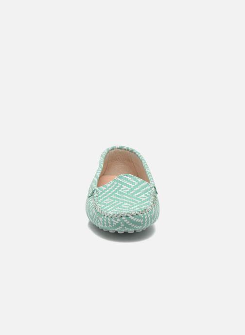 Mocassins Manuela de Juan Bidai Vert vue portées chaussures