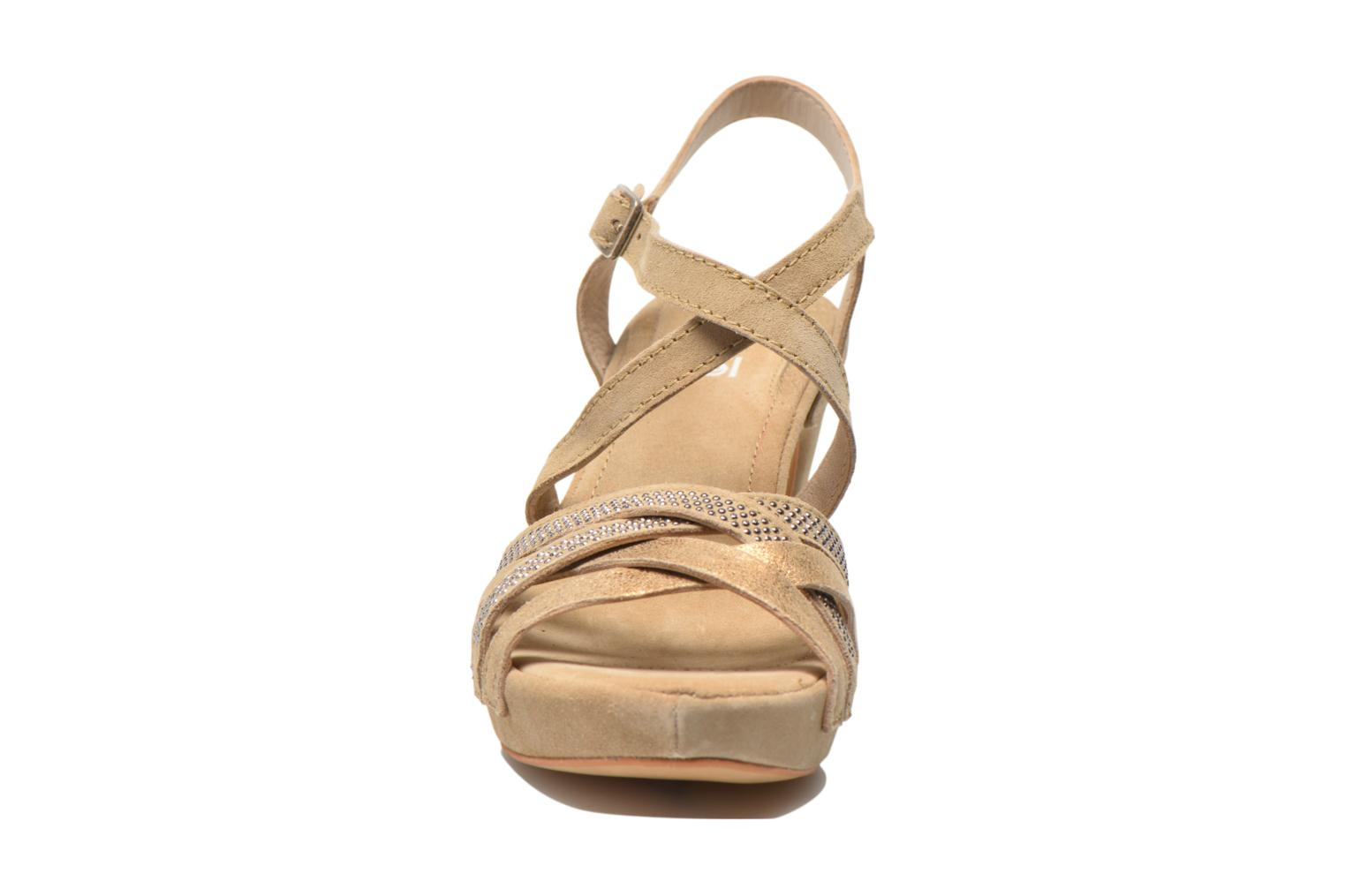 Sandals Khrio Romina Beige model view