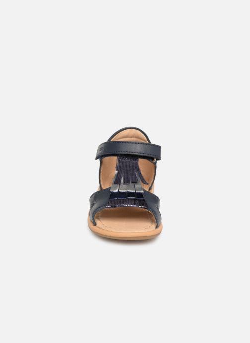 Sandales et nu-pieds Shoo Pom Tity Fringe Bleu vue portées chaussures