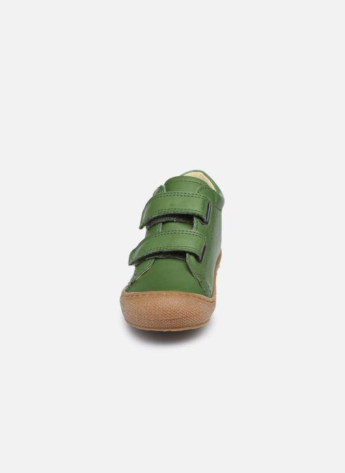 Sneakers Naturino Cocoon VL Verde modello indossato